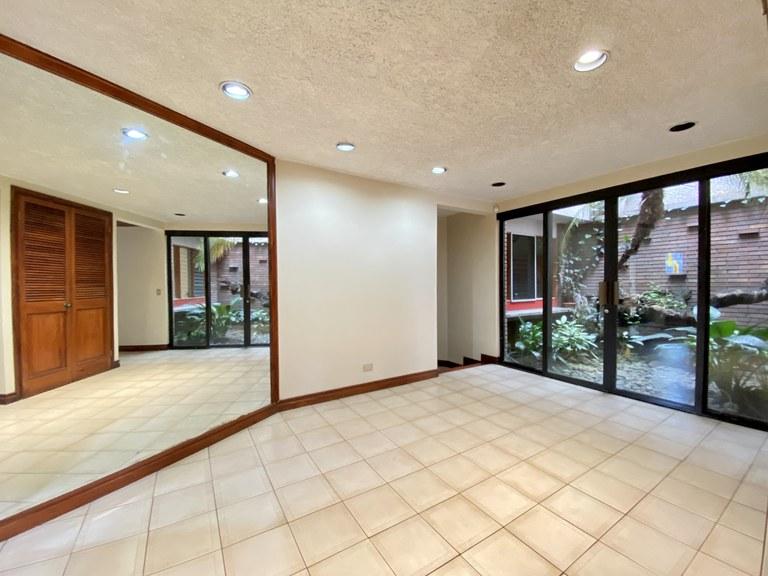 Independent House for Sale Rohrmoser San Jose Costa Rica