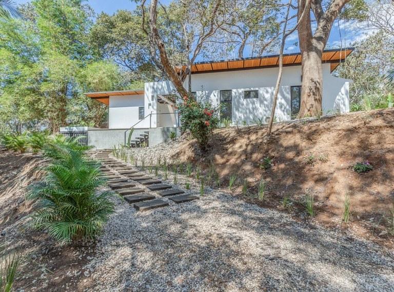 Casa Los Cocobolos: Playa Pelada New Custom Home.