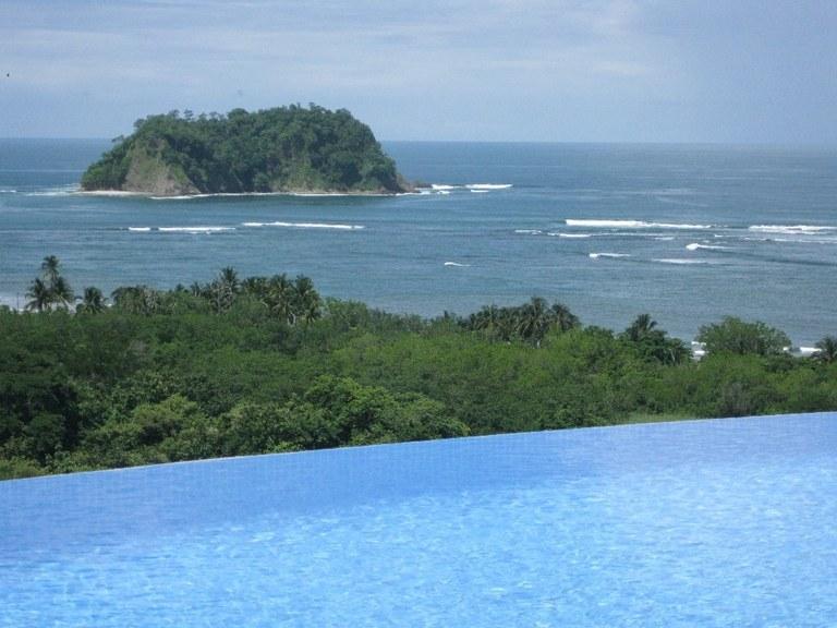 Villa Vista: Mountain and Near the Coast House For Sale in Playa Samara
