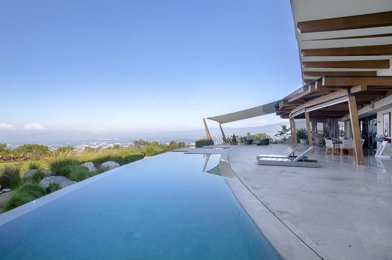 Villa Real Shangri La: Mountain House For Sale in Condominio Ecoresidencial Villa Real