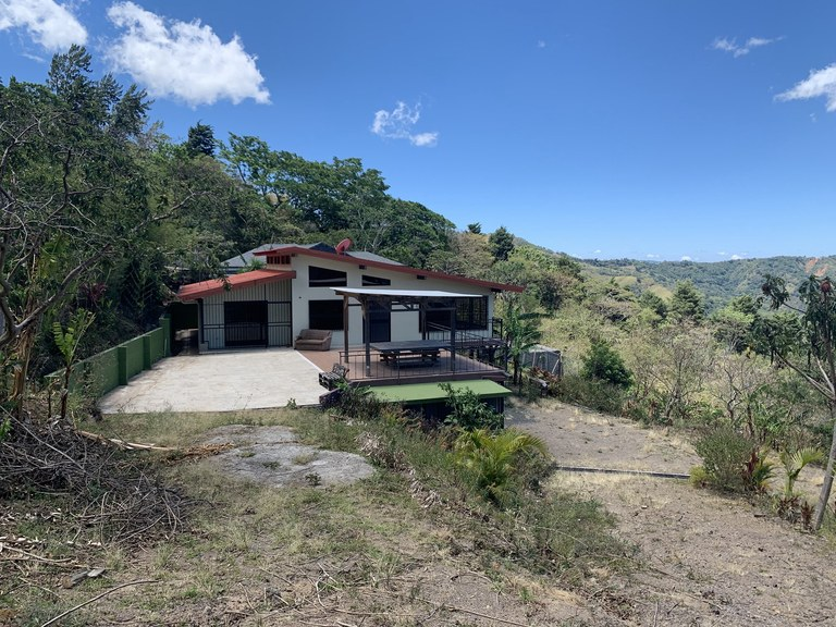 House For Sale in Ciudad Colón