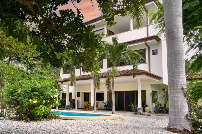Flamingo Estates #32: Investment property in Flamingo!