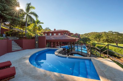Pool in condo for sale in exclusive golf resort with access to the beach - Playa Conchal, Costa Rica