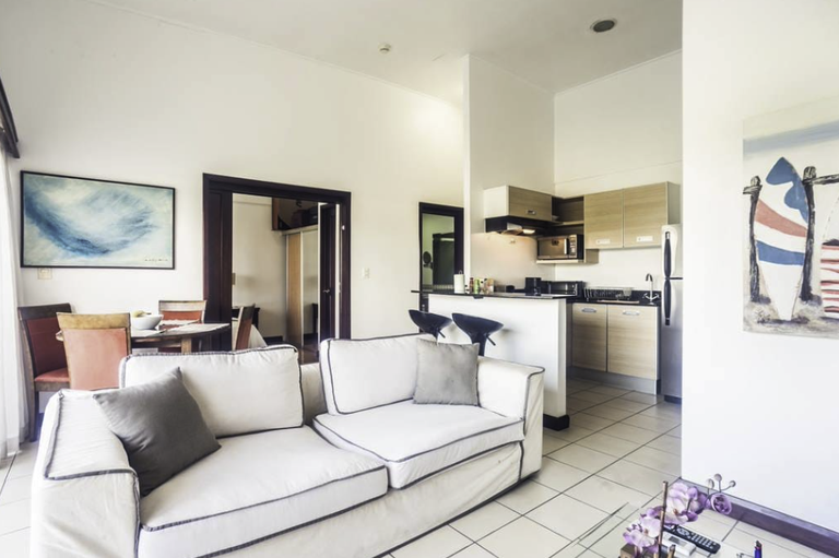 Apartment For Sale in Santa Ana