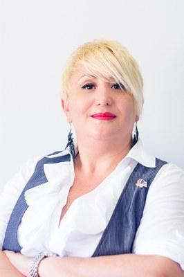 Jennifer  Angulo